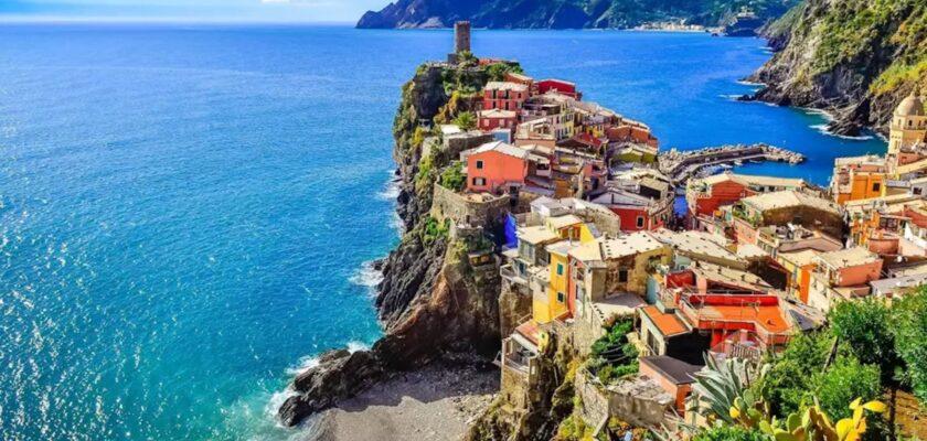 Italia vende casas en la costa por un euro
